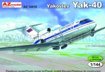 Yakovlev Yak-40 plastikový model AZ 1/144
