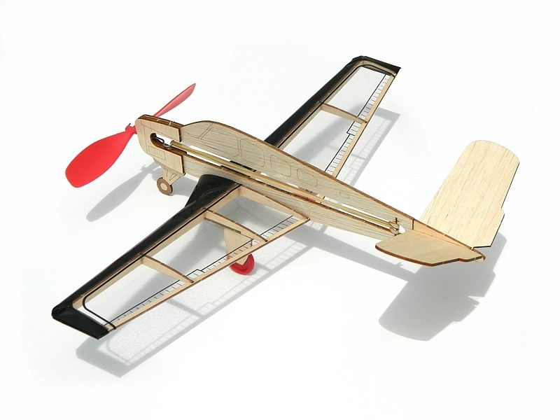 V-Tail Bonanza gumáček 318mm